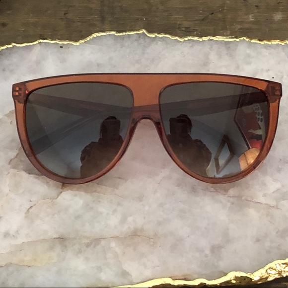 dc525067ec2 Celine Accessories - ❄️Sale!❄ Céline Flat Top Aviatior-Like Glasses